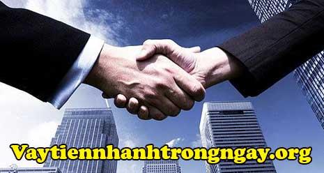 Vaytiennhanhtrongngay hỗ trợ cho vay nóng gấp nhanh có tiền liền